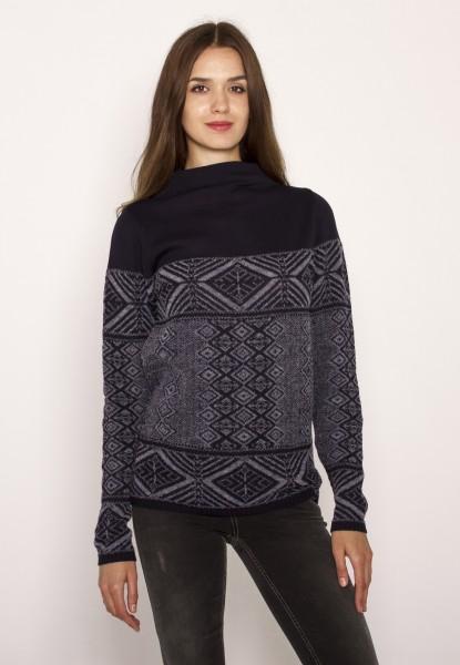 Pullover mit Ethnomuster