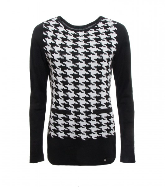 Knit Sweater With Houndstooth Pattern In Black And White Sweaters