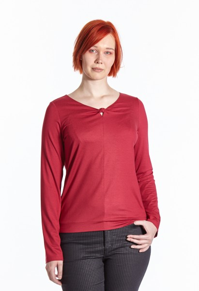 Long sleeve shirt with cutout detail, red